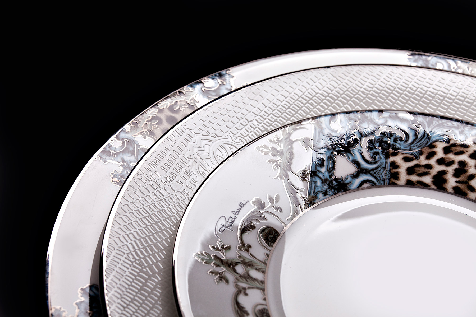Roberto Cavalli Home - Luxury Tableware
